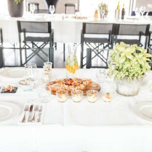 Diner tafel strak wit Welgelegen Groenlo