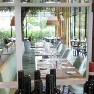 Vitrinekast restaurant Welgelegen