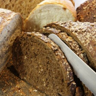 Brood snijden Welgelegen Groenlo