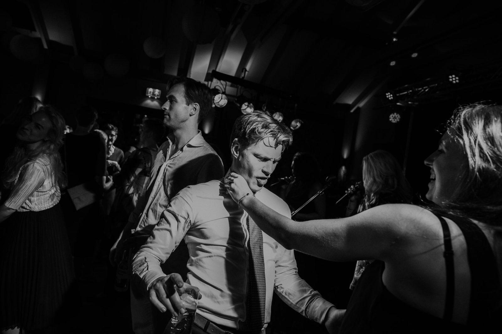 Dansen op huwelijksfeest Boothuis Welgelegen Groenlo